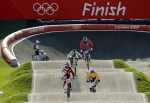 男子小轮车:拉脱维亚爆冷夺冠军