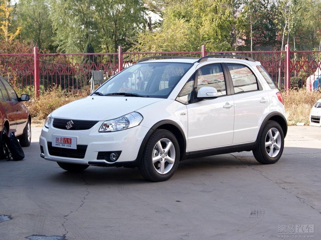 官方油耗(L):5.6 90km/h等速 发动机厂家型号:M16A 发动机特有技术:VVT连续可变气门正时 发动机功率(Kw/rpm):80/5500 发动机最大扭矩(Nm/rpm):144/3500-4500 最高车速(Km/h):180