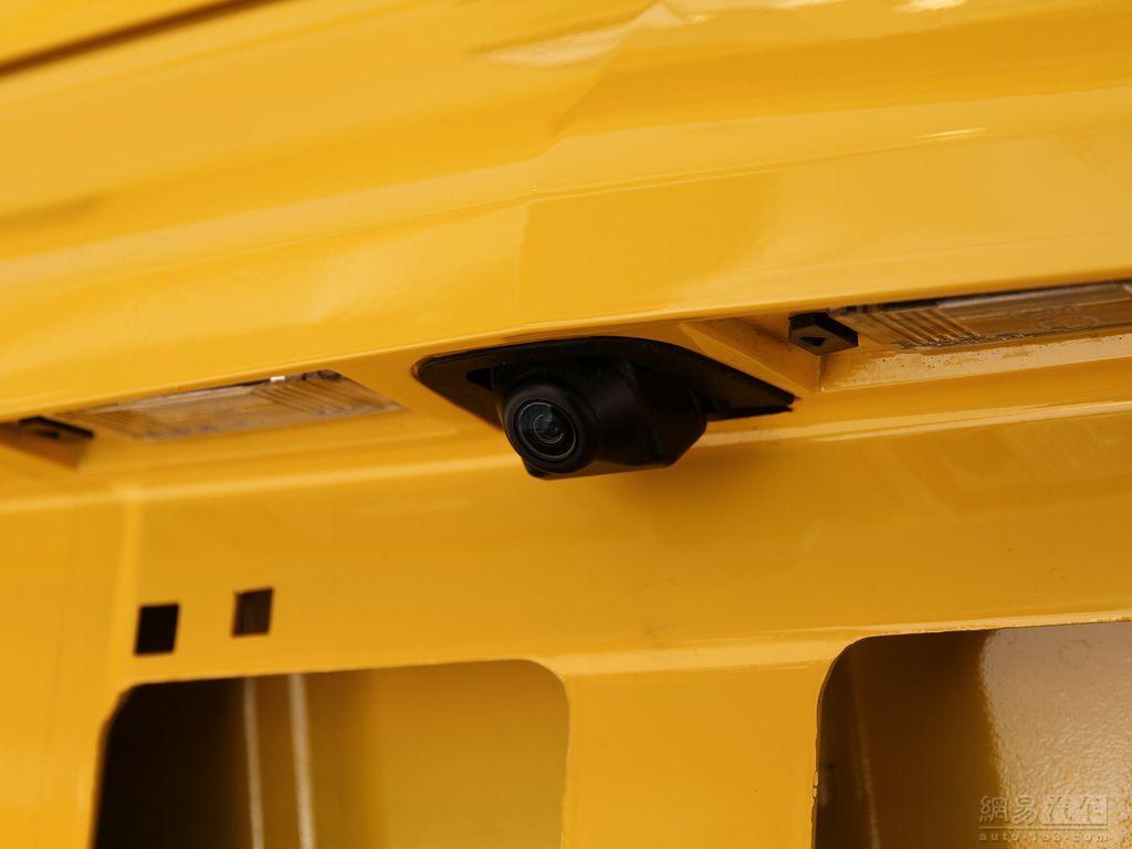 2012款 3.6at变形金刚版 ——后倒车摄像头
