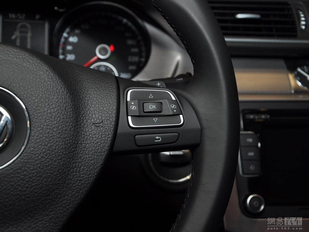 0t dsg舒适型 ——方向盘多功能按钮(右侧)